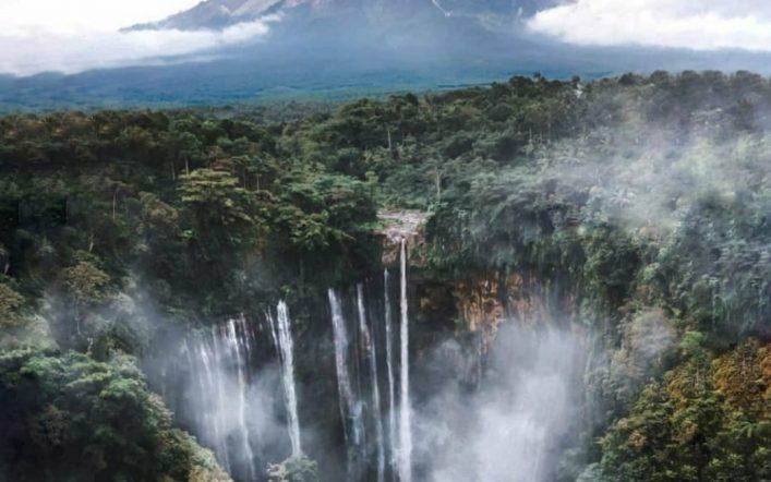 Mount Bromo Tumpak Sewu Waterfall Tour 3 Days