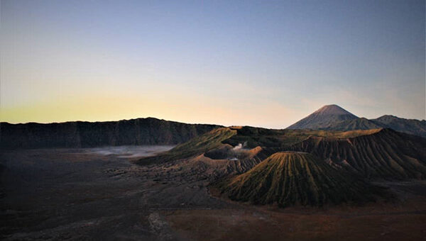 Mount Bromo Sunrise Tour 2 Days from Surabaya