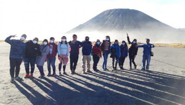 Mount Bromo Tour Midnight 1 Night 1 Day