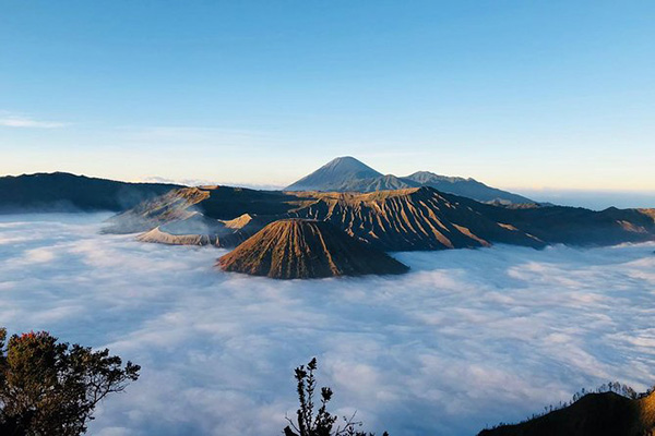 Mount Bromo Potography from the highest peak